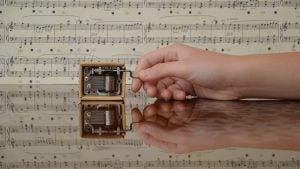 1920px Small Music Box 300x200